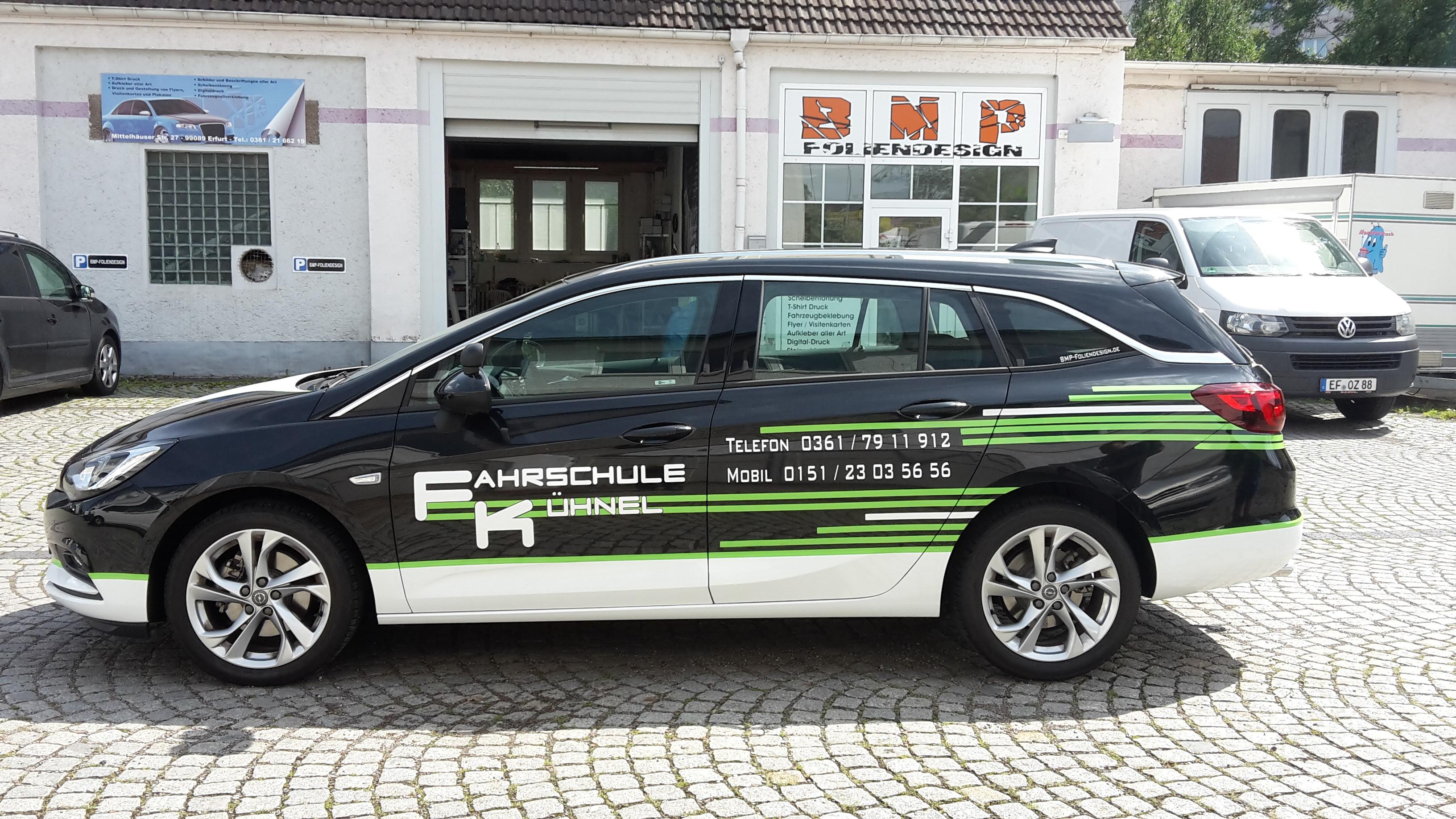 Fahrzeugbeschriftung Fahrschule Kühnel