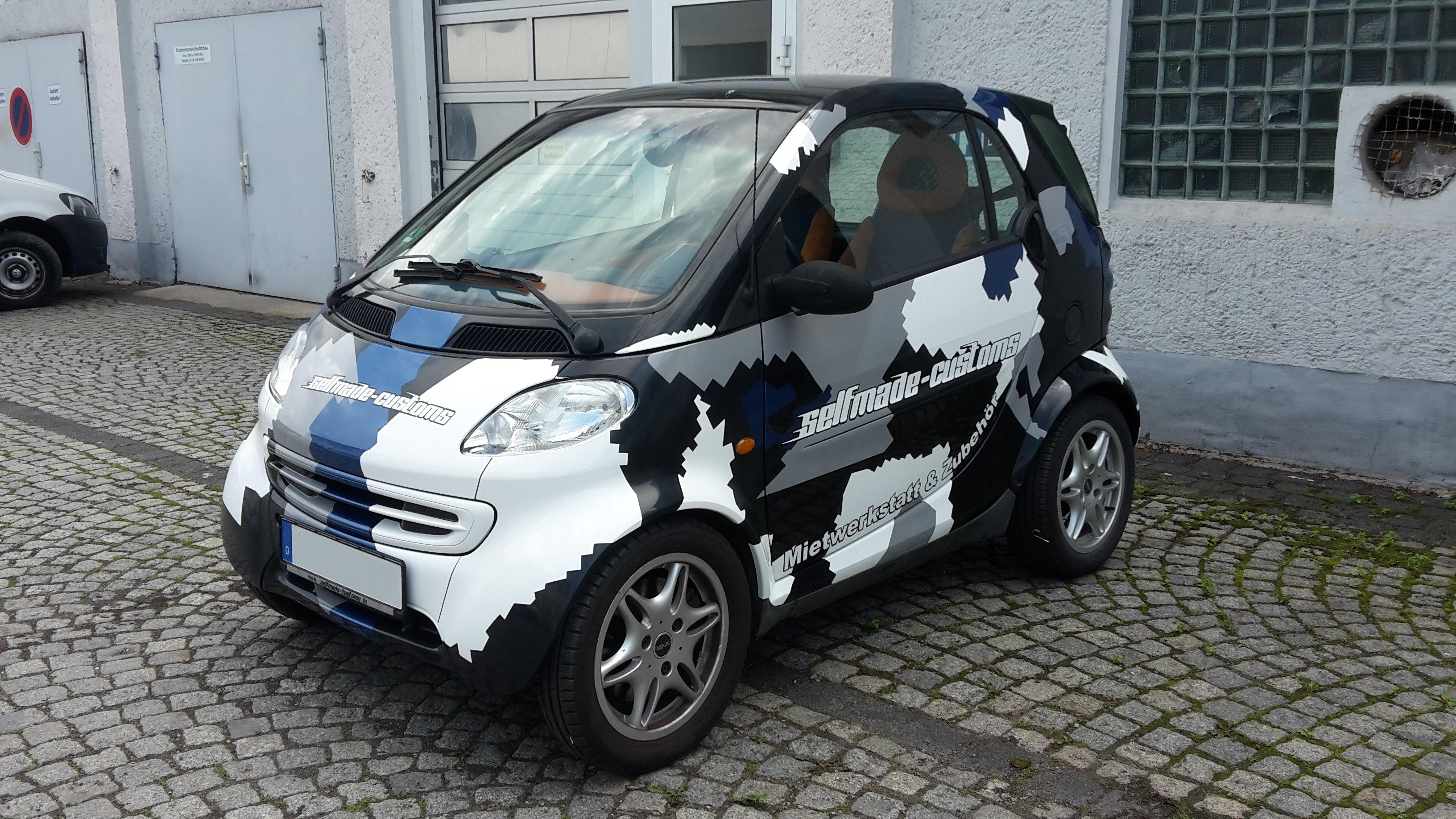 Fahrzeugteilfolierung selfmade customs
